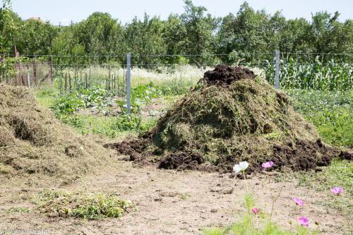 Pregatirea gramezii pentru compost
